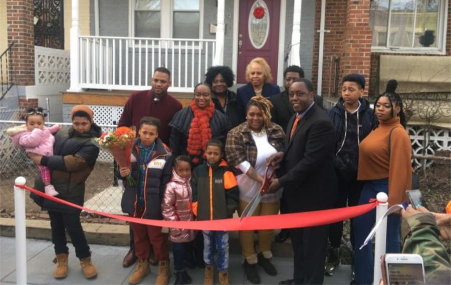 single mother gets a new home